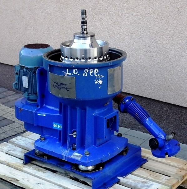 Alfa-Laval S-826 fuel/lube oil purifier, 316SS.