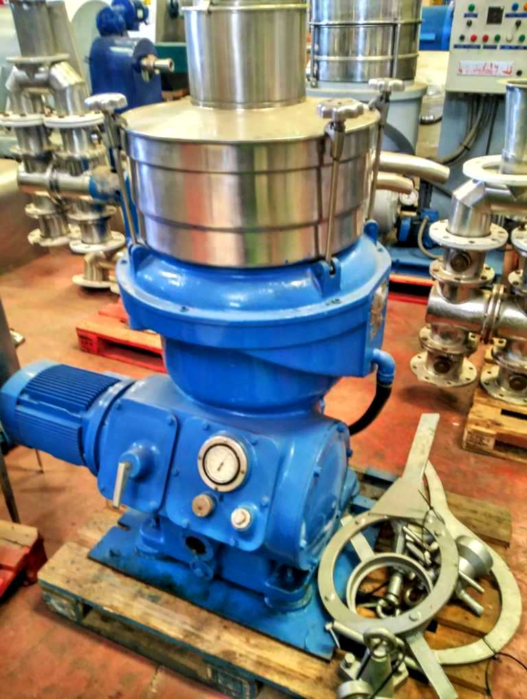 Alfa-Laval UVPX 207 AGT-74T oil concentrator, 316SS.