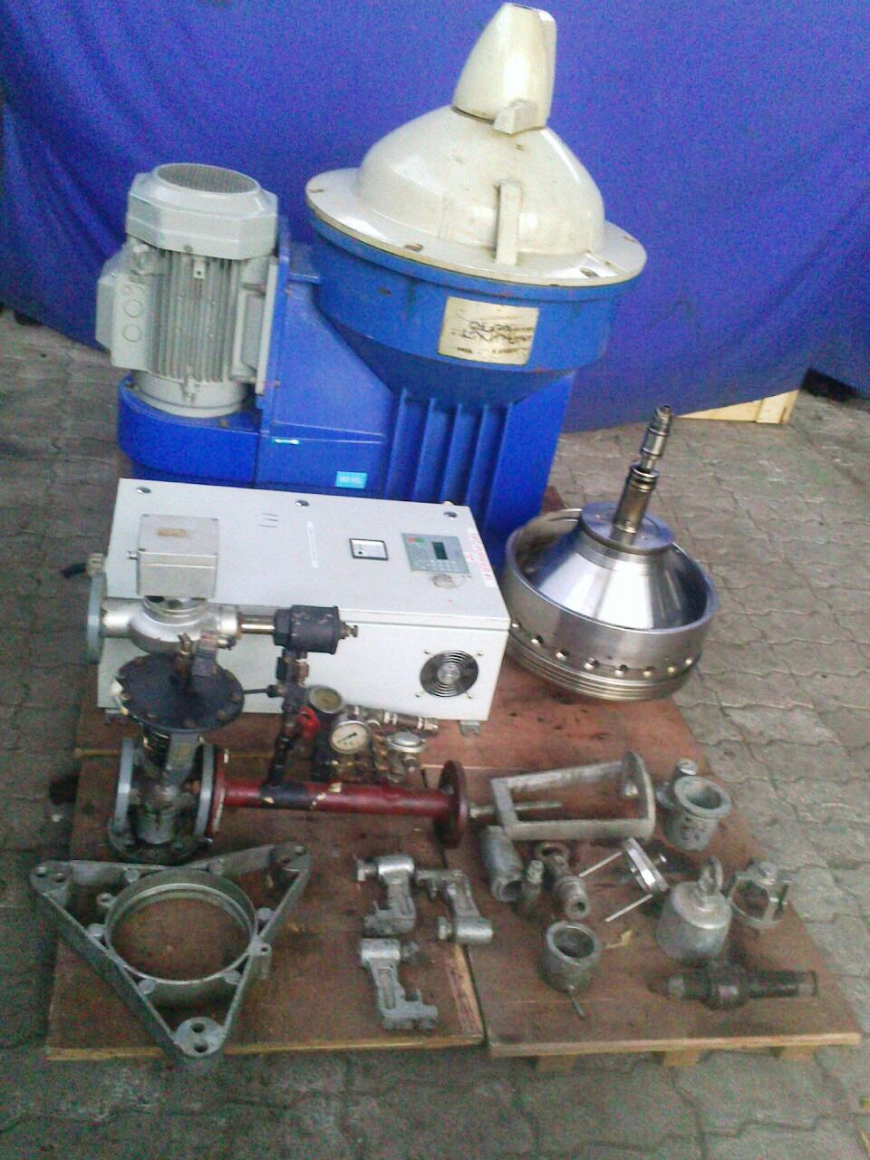 (2) Alfa-Laval S-967 fuel/lube oil purifiers, 316SS.