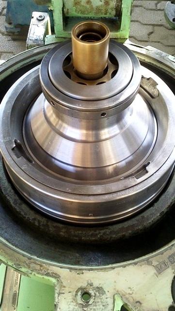 (2) Westfalia OSA 5-02-066 lube oil purifiers, SS.